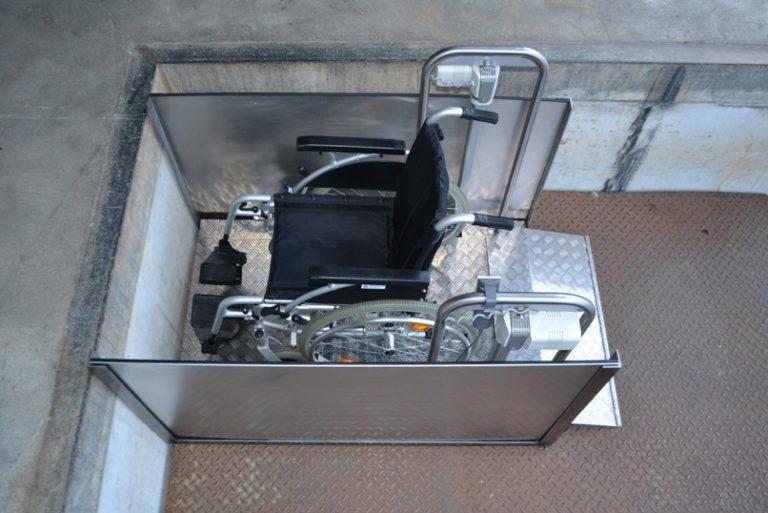 Rollstuhl Hebebühne MB750 Micro A